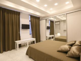 Продажа квартир: 2-комнатная квартира, Краснодарский край, Сочи, Прозрачная ул., 1, фото 1