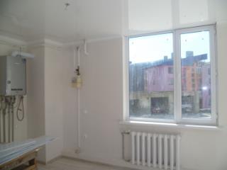 Продажа квартир: 2-комнатная квартира, Краснодарский край, Туапсе, ул. Портовиков, 5, фото 1