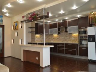 Продажа квартир: 3-комнатная квартира, Екатеринбург, Кузнечная ул., 83, фото 1