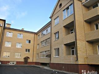 Продажа квартир: 2-комнатная квартира, Ростовская область, Таганрог, ул. Толбухина, 5, фото 1