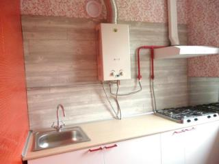 Продажа квартир: 2-комнатная квартира, Краснодар, ул. им Захарова, 15, фото 1