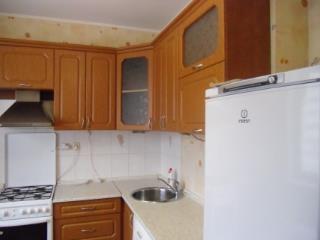 Снять 1 комнатную квартиру по адресу: Саратов г ул Менякина 4