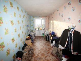 Продажа квартир: 3-комнатная квартира, Тюменская область, Ялуторовск, ул. Карбышева, 4, фото 1