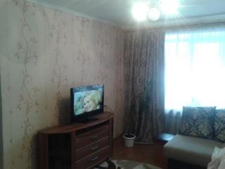 Продажа квартир: 3-комнатная квартира, Кемерово, пр-кт Шахтеров, 37, фото 1