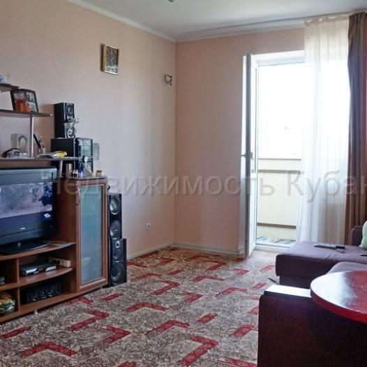 Продажа квартир: 3-комнатная квартира, Краснодарский край, Горячий Ключ, ул. Ленина, 195 б, фото 1