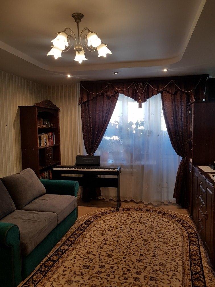 Продается двухкомнатная квартира за 4 150 000 рублей. обл Московская, р-н Дмитровский, г Дмитров, ул 2-я Комсомольская.